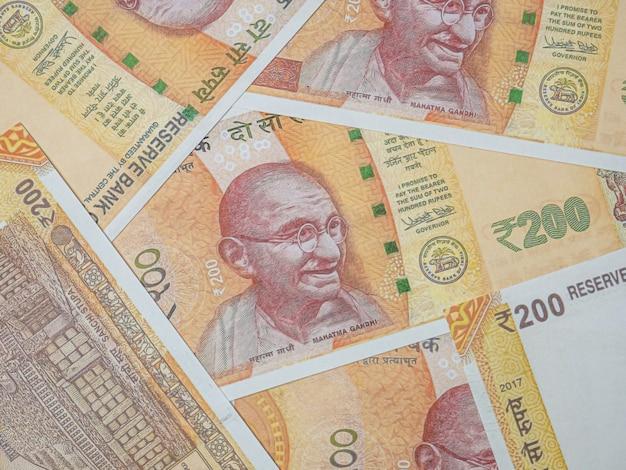 ビジネスコンテンツのインド紙幣の上面図。