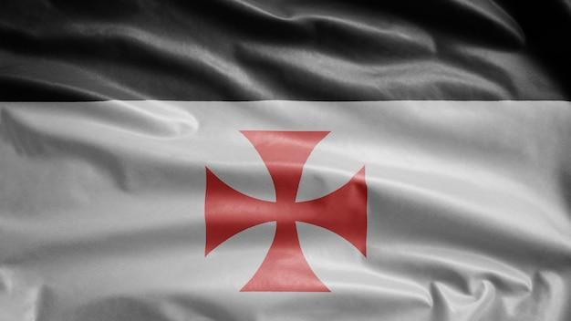 テンプル騎士団は風になびく旗を立てます。滑らかな絹を吹くキリストとソロモンの神殿のテンプレートの貧しい仲間の兵士。布生地テクスチャ少尉背景