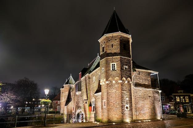 위트레흐트 주 아 메르 스포 르트 (amersfoort) 네덜란드 도시의 중세 성문 코펠 푸르트 (koppelpoort)