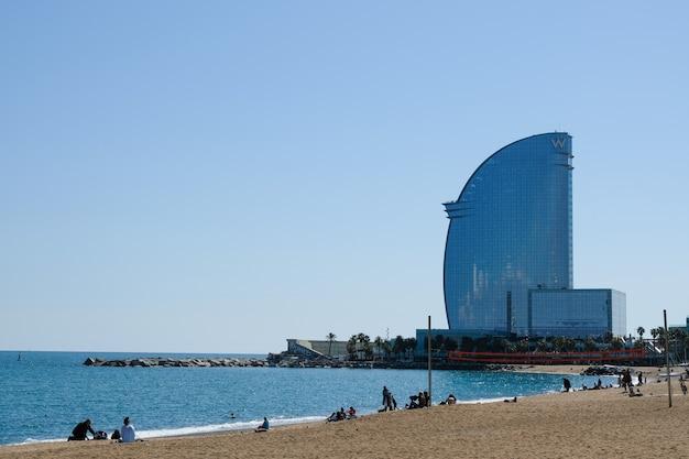 바르셀로나 바다 쪽 풍경 프리미엄 사진