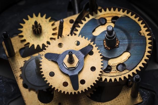 오래된 시계 메커니즘의 매크로 보기