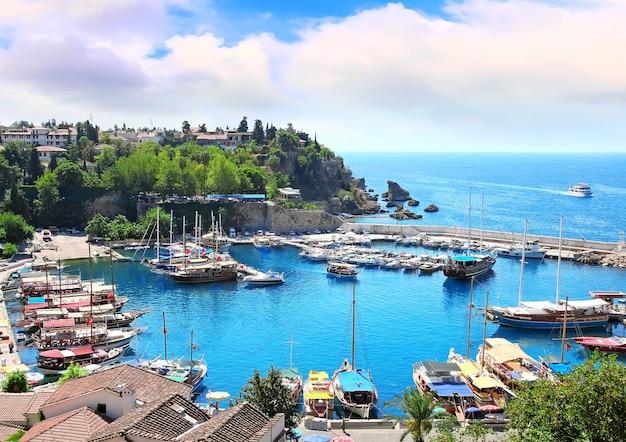 Средиземный залив в турции