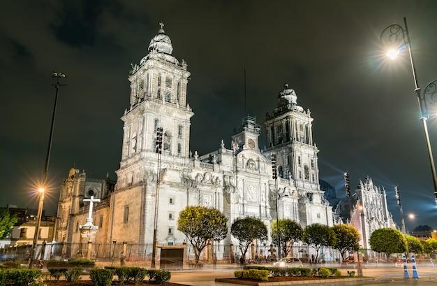 メキシコシティの天国への最も祝福された聖母マリアの仮定のメトロポリタン大聖堂