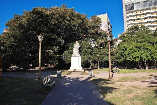 Памятник в буэнос-айресе, аргентина