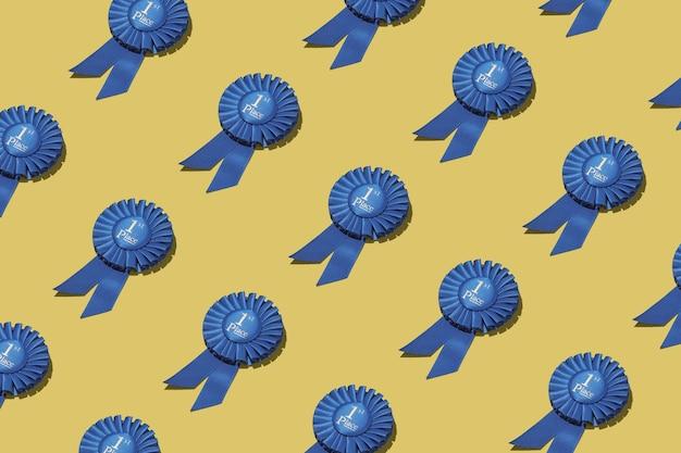 達成のための勝者リーダーのためのナンバーワンの賞のロゼット。幾何学模様。