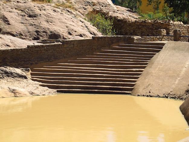 エチオピア、アクスム市の古いプール
