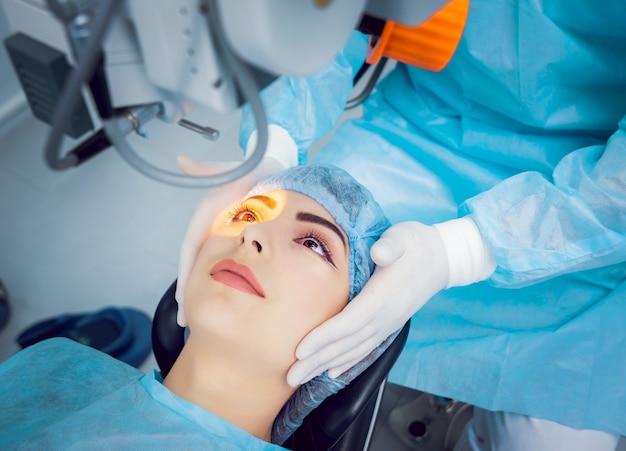 Операция на глаз. операция по удалению катаракты.