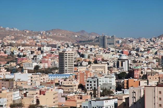 サウジアラビア、アブハ市のパノラマビュー