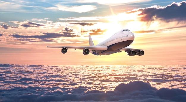 비행기는 하늘을 날고 있습니다. 3d 렌더링 및 그림입니다.