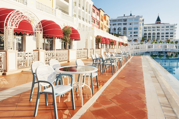 人気のリゾート、アマラドルチェヴィータラグジュアリーホテル。トルコの海岸沿いのプール、ウォーターパーク、レクリエーションエリアがあります。ケメロボ・ケメル。