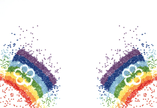 ダイヤモンド刺繡のための花の形をしたカラフルなクリスタルの虹