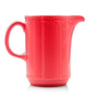 고립 된 빨간 컵입니다. 확대 프리미엄 사진