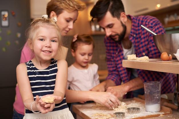 子供たちとの創造的な仕事の結果