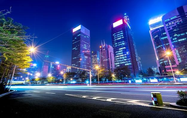 深セン、中国の街の道