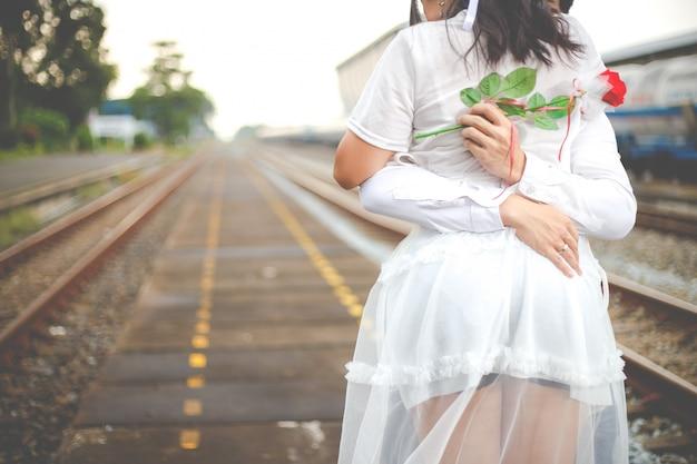 ロマンチックなデートや結婚式やバレンタインの日のコンセプト。