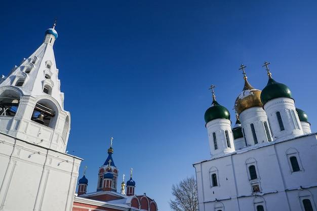 러시아 모스크바 지역 정통 콜롬나 교회의 지붕과 탑