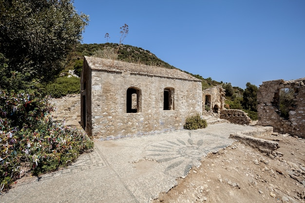 トルコの廃墟の教会