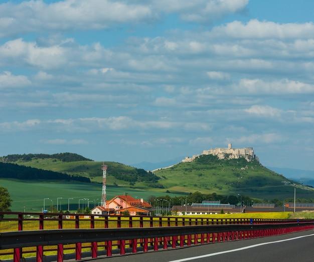 スロバキア東部のスピシュ城またはスピシュ城の遺跡