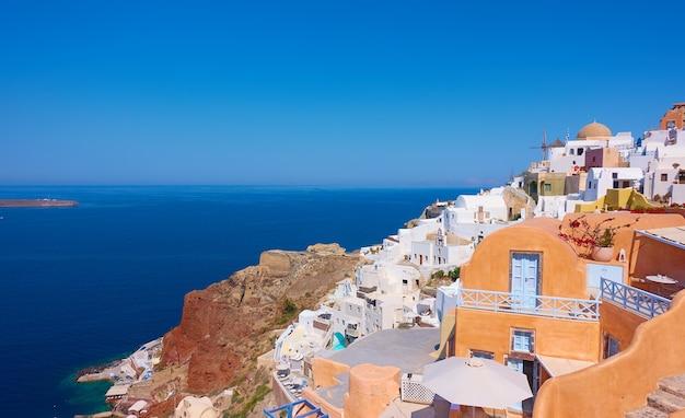 화창한 여름날, 그리스 산토리니 섬의 바다와 이아 마을 - 그리스 풍경