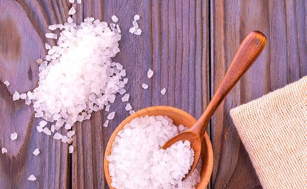 Морская соль на чашке