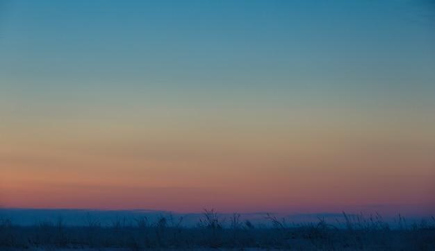夜明け前の空、パステルカラー