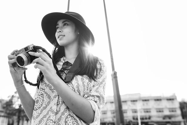 ソロ・アジアの女性旅行者