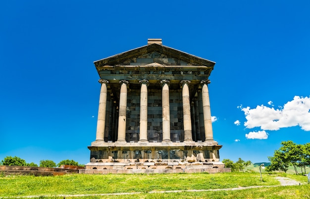 Храм гарни, греко-римское колоннадное здание в армении