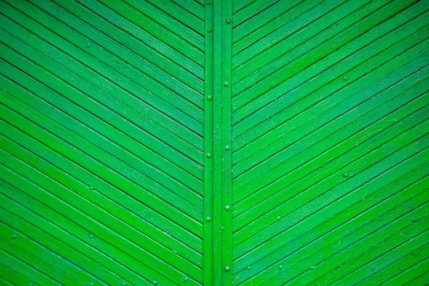 Текстура старой зеленой доски расположена по диагонали