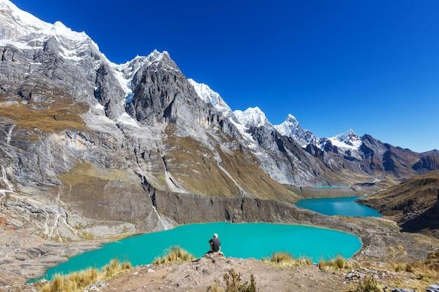 ペルーのコルディジェラフアイフアッシュにある3つのラグーン