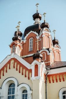 러시아 신의 어머니의 dormition의 tikhvin 수도원