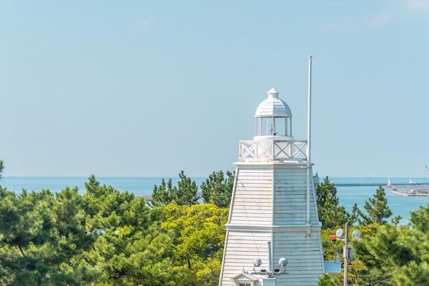 사카타 일본에서 히요리 야마 공원 라이트 하우스 타워의 전망.