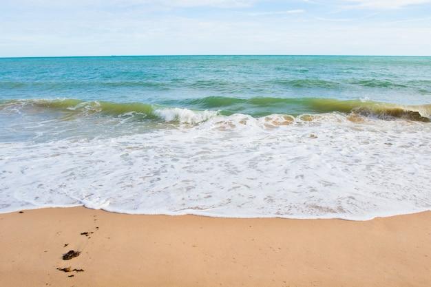 タイのビーチの眺め