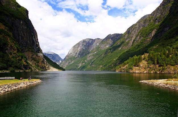 Вид на согне-фьорд, норвегия