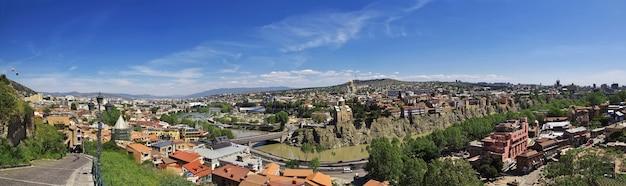 Вид на центр города тбилиси в грузии