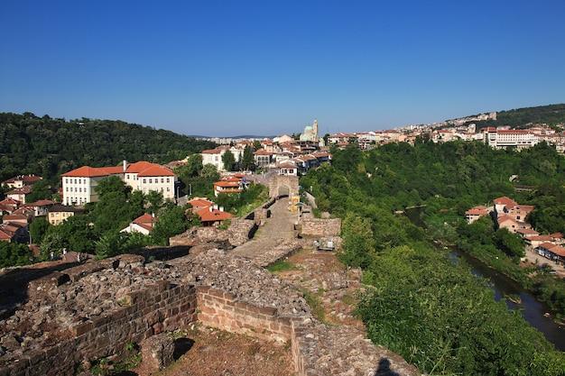 ブルガリアのヴェリコ・タルノヴォの眺め