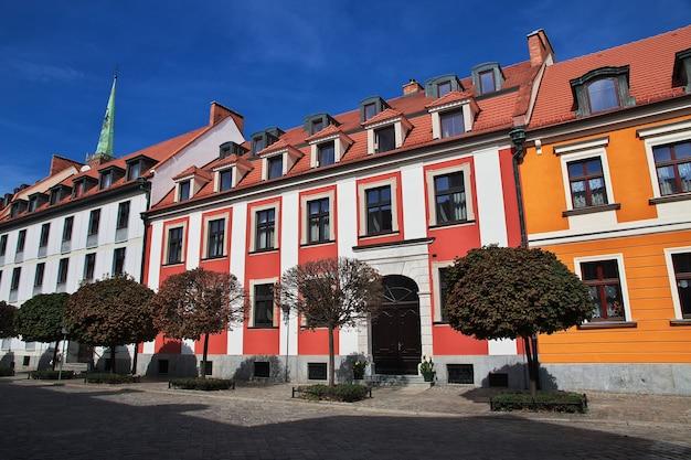 ポーランドのヴロツワフ市のヴィンテージの建物