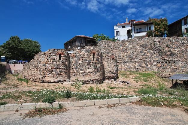Старинный дом в созополе на берегу черного моря в болгарии