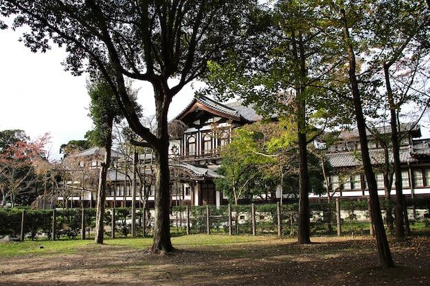 Старинный дворец, нара, япония