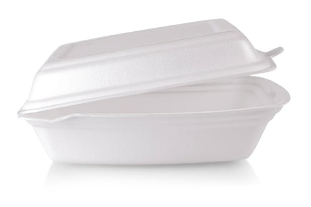 Обеденная тарелка из белой бумаги с крышкой, изолированные на белом фоне