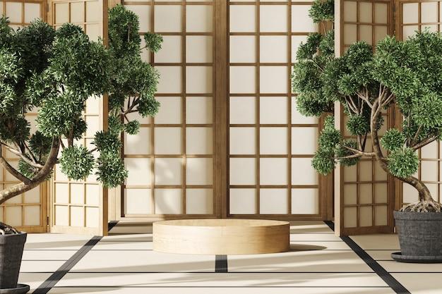 モックアップジャパンルームの木製シリンダープラットフォーム、巨大な盆栽、パネルから差し込む陽光。製品のプレゼンテーションや広告の抽象的な背景。 3dレンダリング
