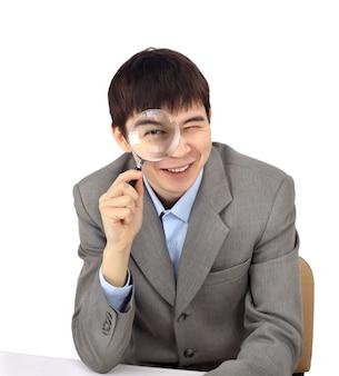 白い背景の上の若いビジネスマン
