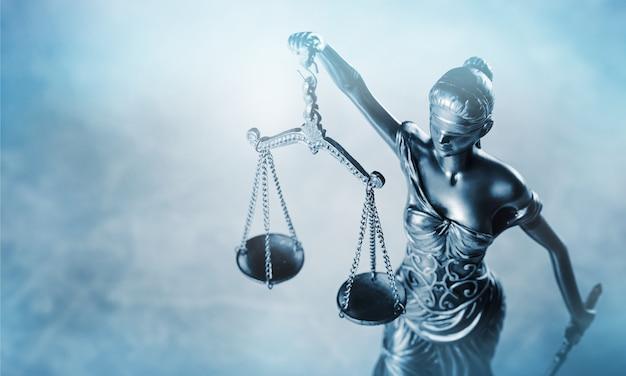 Themi символ справедливости, вид крупным планом