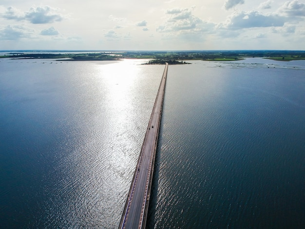 Thep sada bridge the deja vu bridge is a 2-lane reinforced concrete bridge