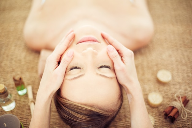 Therapist beauty young relaxed spa