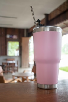 Thermos tumbler mug that made of stainless steel with metal drinking straw