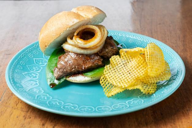 Thin tenderloin sandwich