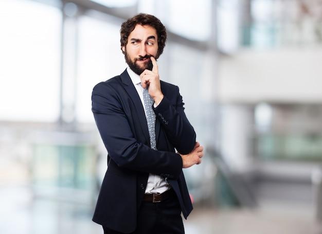 Элегантный мужчина thinkign