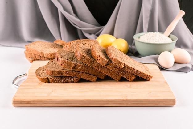 Thinly sliced dark wheat bread