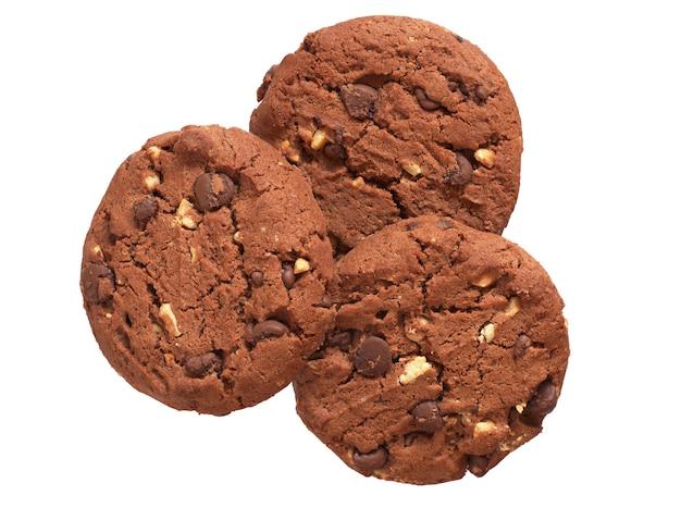 흰색 배경에 고립 된 견과류와 함께 3 개의 초콜릿 쿠키