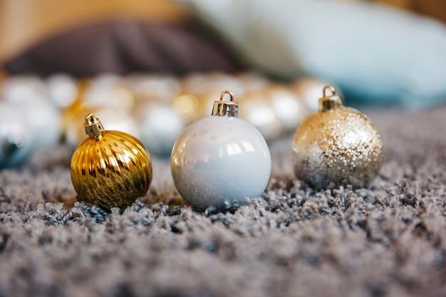 Три рождественских шара